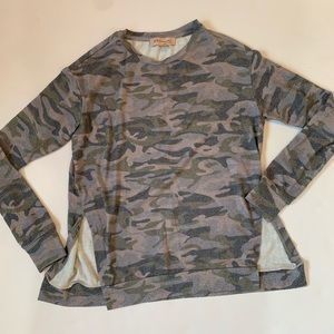 Philosophy XS soft camo long sleeve top